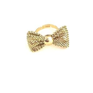 Jewelry - Bow ring ✨✨